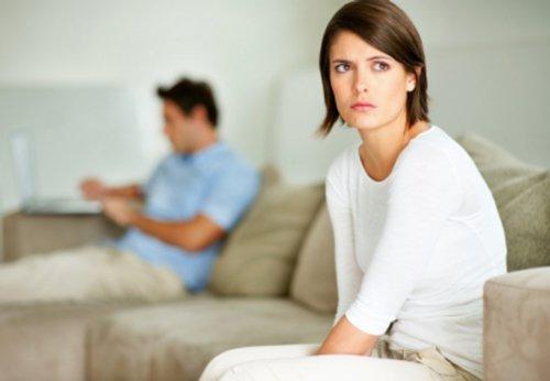 Bệnh mụn rộp sinh dục có gây vô sinh không?