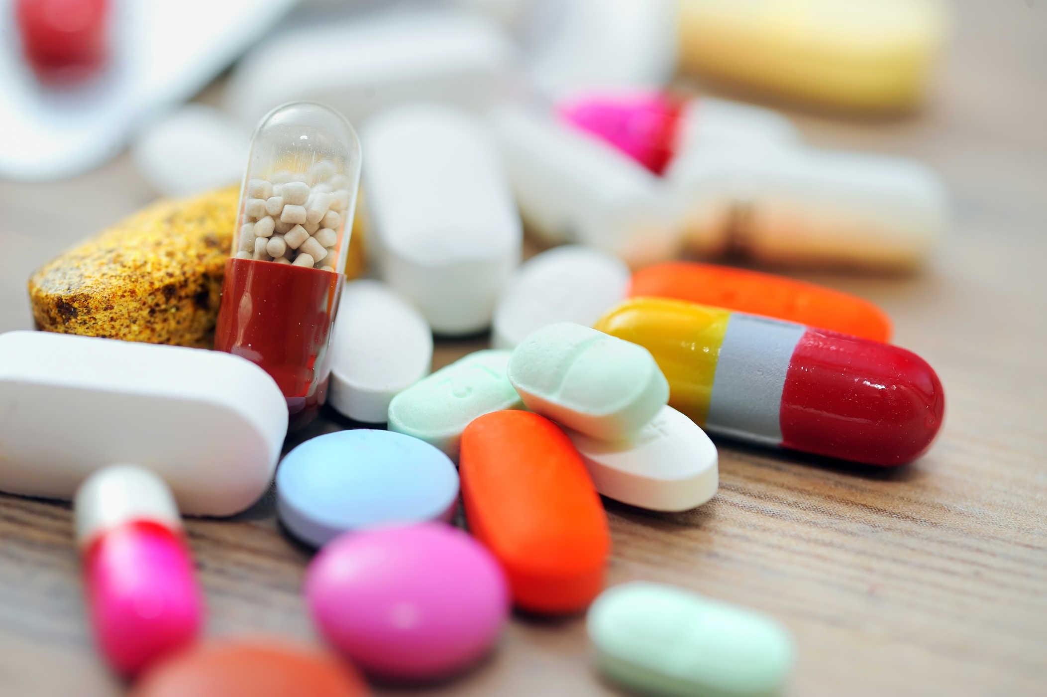 Thuốc chữa bệnh mụn rộp sinh dục